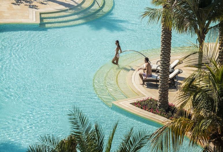 Four Seasons Resort Dubai at Jumeirah Beach, Dubai, Outdoor Pool