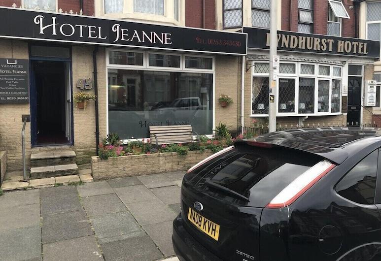 Hotel Jeanne, Blackpool, Exterior