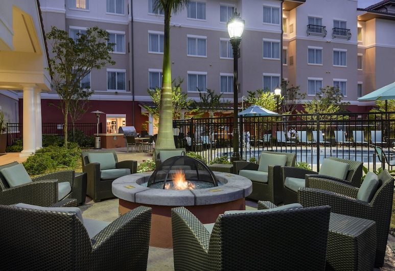 Residence Inn Fort Myers at I-75 and Gulf Coast Town Center, Fort Myers, Terasa