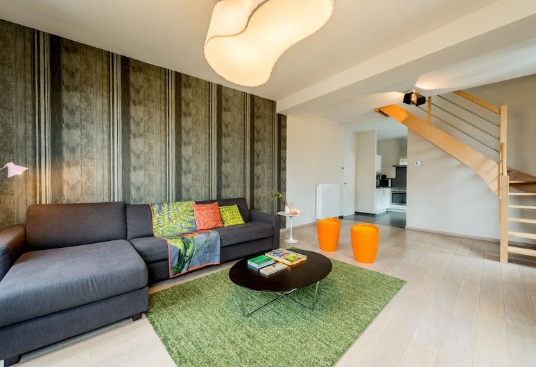 Smartflats Design - Opera, Lüttich, Maisonette, 2Schlafzimmer, Terrasse, Wohnbereich