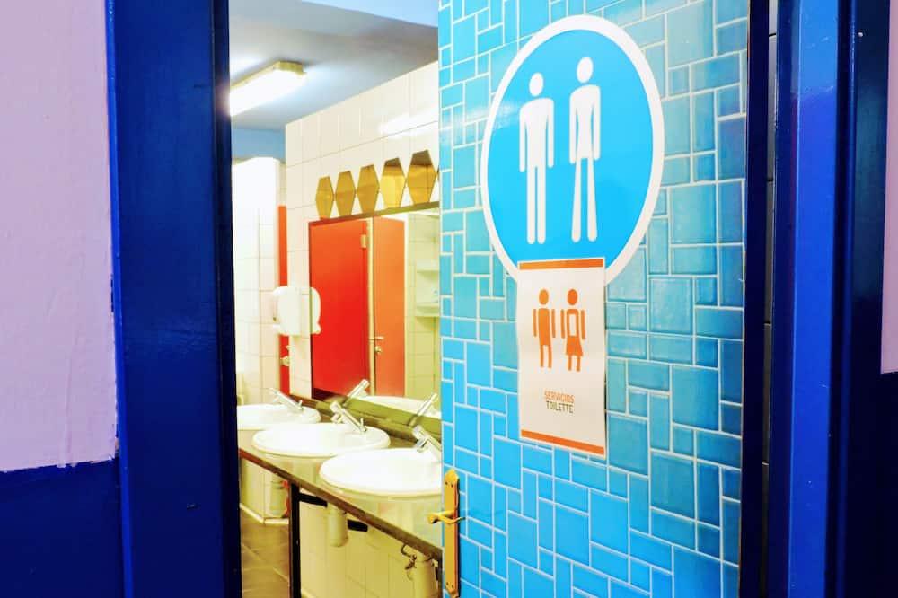 Dortoir Partagé, 1 lit une place, salle de bains commune (10 bed room) - Salle de bain