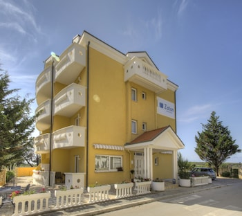 Picture of Aparthotel Zaton in Nin
