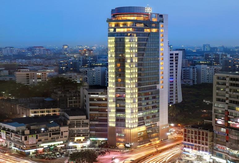 Four Points By Sheraton Dhaka, Gulshan, Дакка, Фасад отеля вечером/ночью