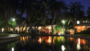 A(z) Bronte Hotel hotel fényképe itt: Harare