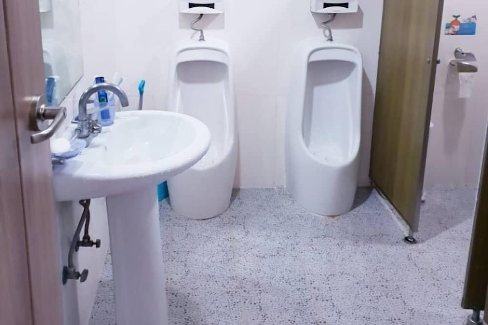 Basic Shared Dormitory, Men only (4 Person) - Bathroom Shower