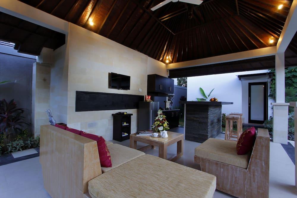 Design-Villa, 2Schlafzimmer, eigener Pool, Poolblick - Wohnzimmer