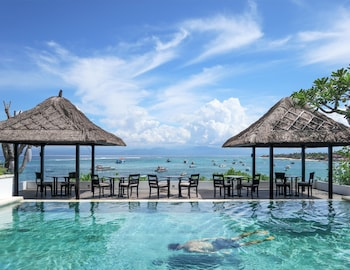 Picture of Batu Karang Lembongan Resort & Spa in Lembongan Island