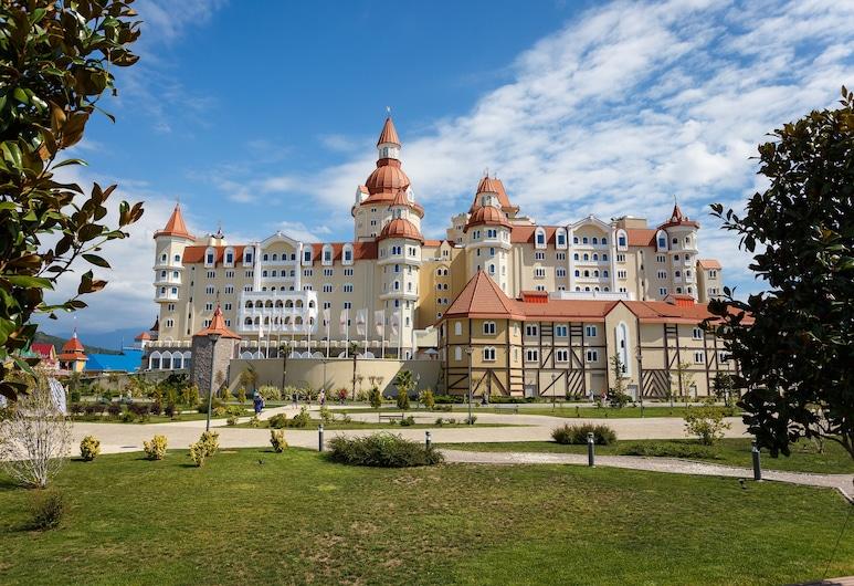 Sochi Park® Bogatyr Hotel, Adlersky