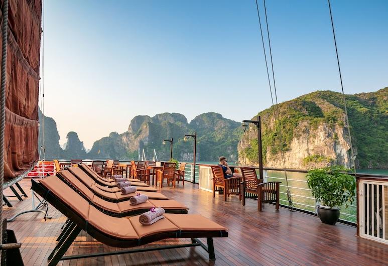 Pelican Halong Cruise, Ha Longas, Viešbučio fasadas