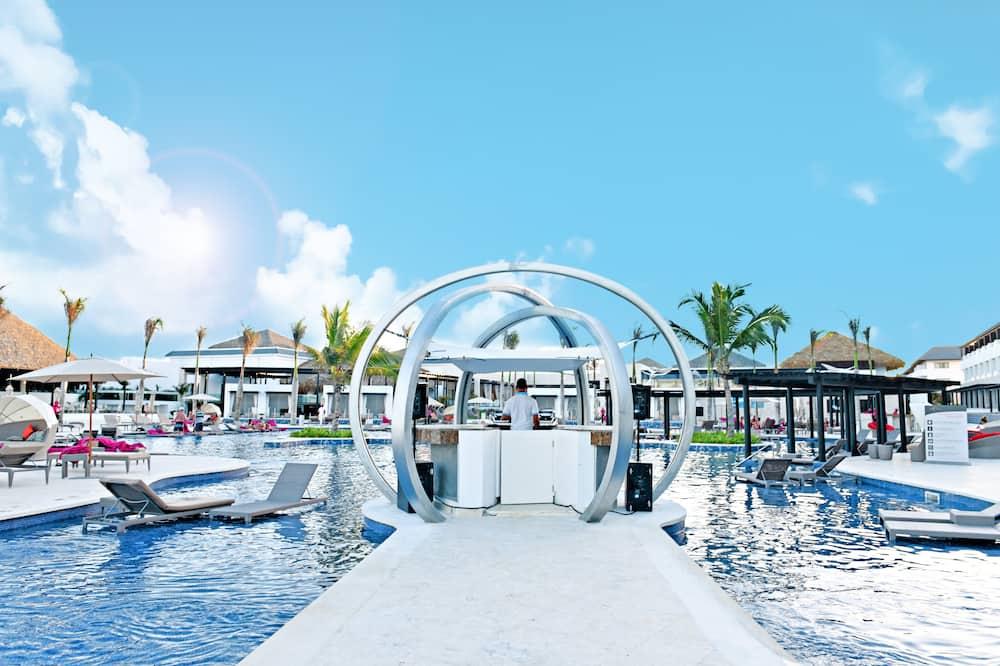 Luxury Junior Suite Ocean View Diamond Club - Guest Room View
