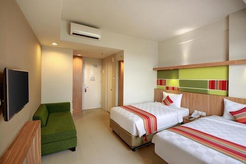 Kyriad Hotel Airport Jakarta Tangerang Indonesia Tangerang Hotel Discounts Hotels Com