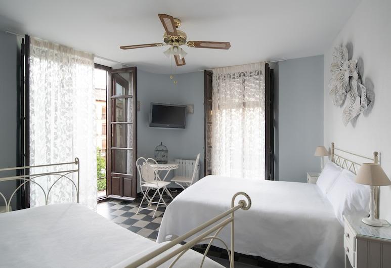 Pensión Venecia Gomerez, Granada, Háromágyas szoba, privát fürdőszoba (outdoor balcony to Plaza Nueva), Vendégszoba