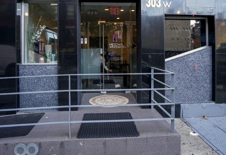 Midtown West Hotel, Niujorkas, Įėjimas į viešbutį