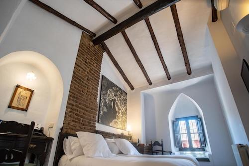 聖加百列宮蘇活精品酒店/