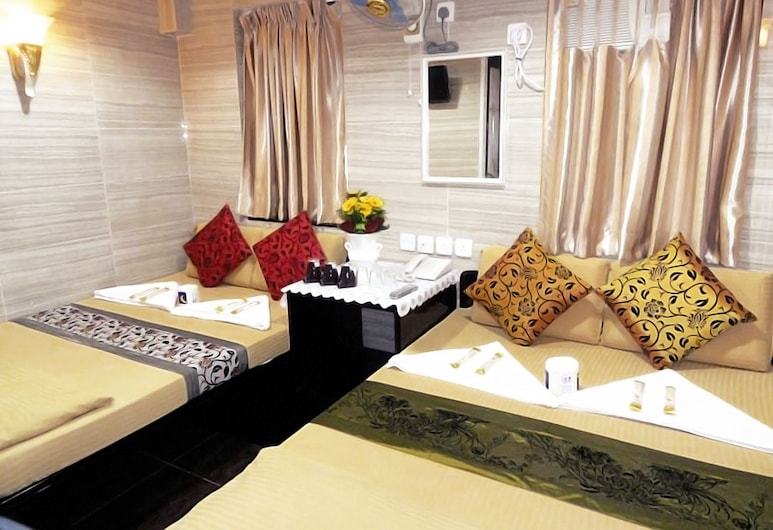 Day And Night Hotel - Hostel, Kowloon, Family Room, Guest Room