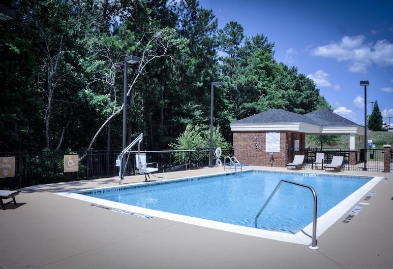 Candlewood Suites Columbus-Northeast, Columbus, Pool