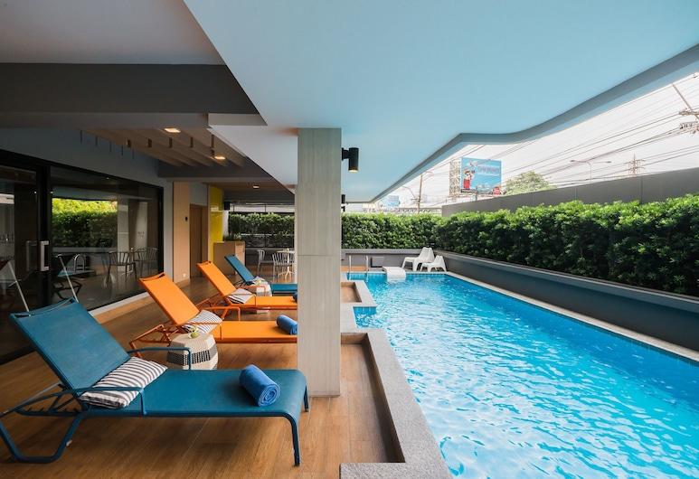 アルト ホテル ナナ バイ UHG, バンコク, 屋外プール