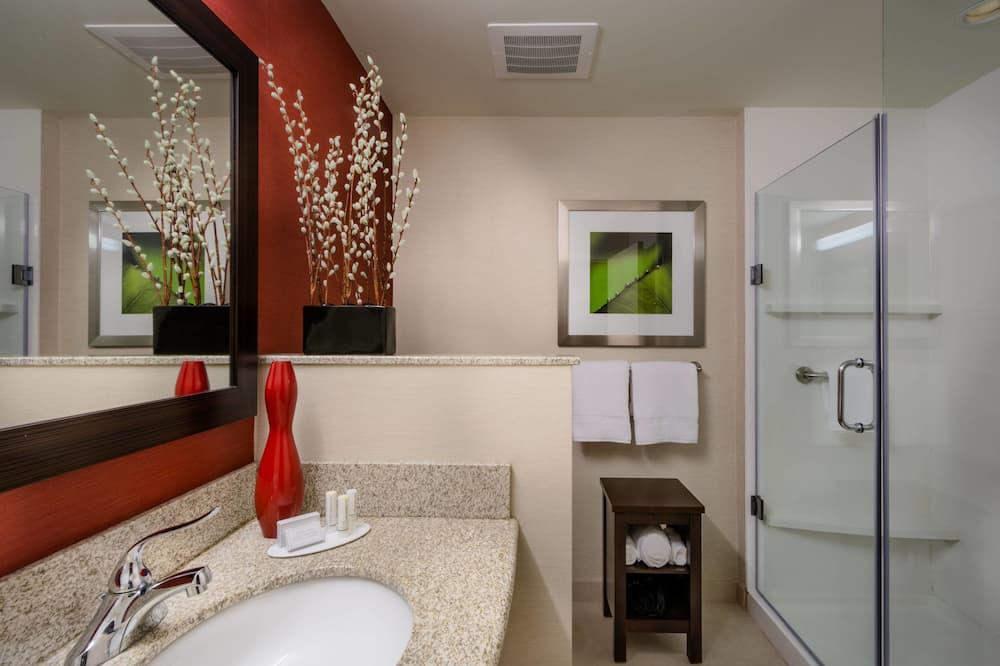 Міський номер, 1 ліжко «кінг-сайз», для некурців, з видом на місто - Ванна кімната