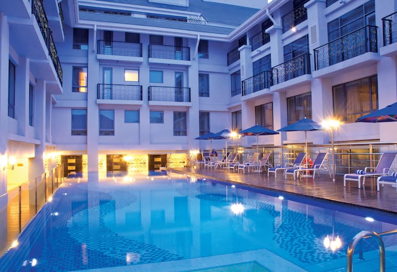 Royale Chulan Penang, George Town, Açık Yüzme Havuzu