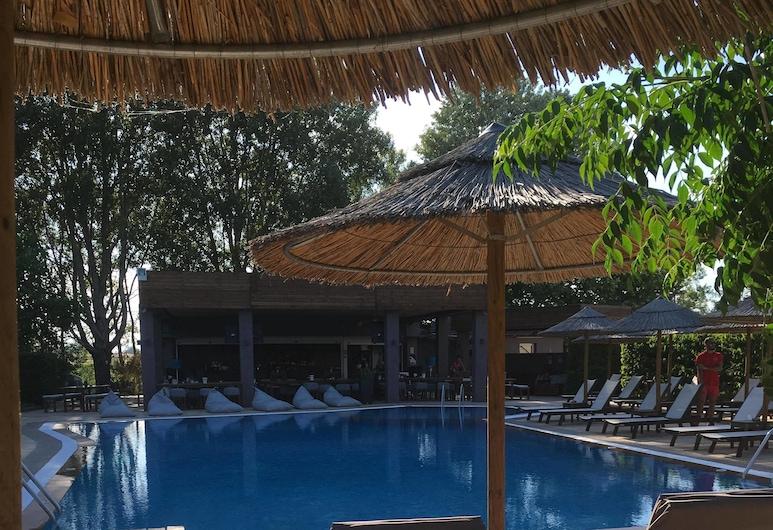 Maison Hotel, Chalkidona, Outdoor Pool