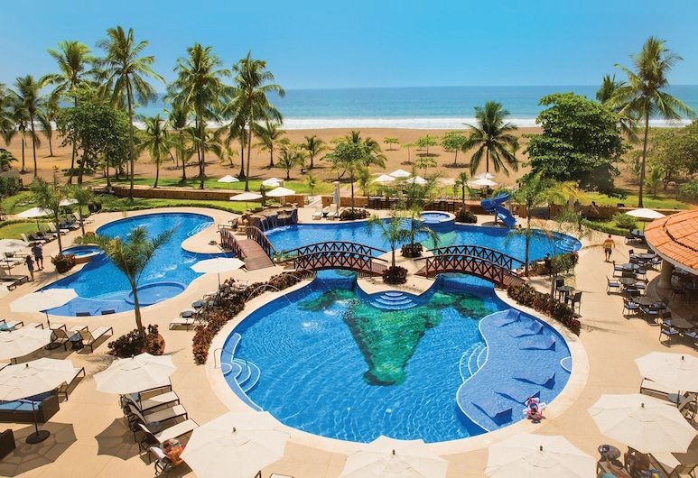 Croc's Resort and Casino, Jaco