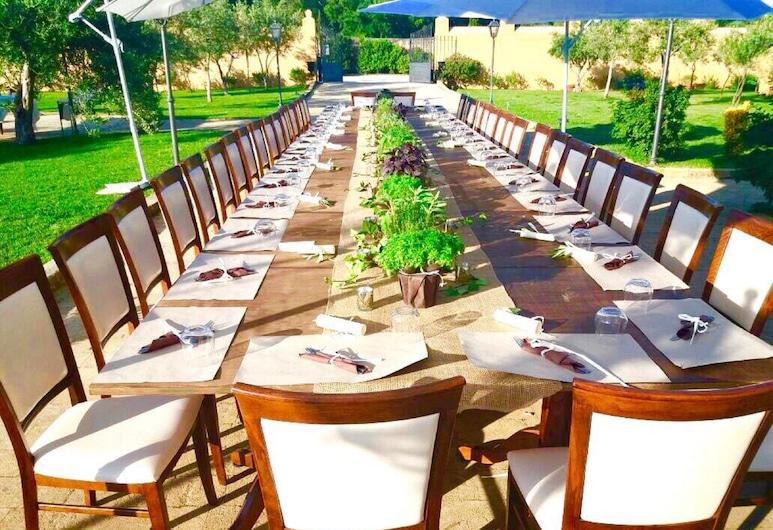 Villa Lampedusa Hotel & Residence, Palerme, Restauration en terrasse