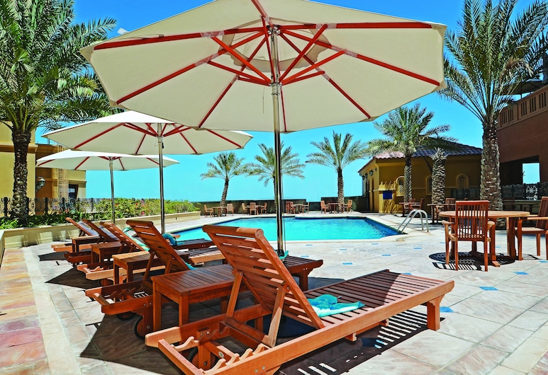 Roda Amwaj Suites, Dubai, Outdoor Pool