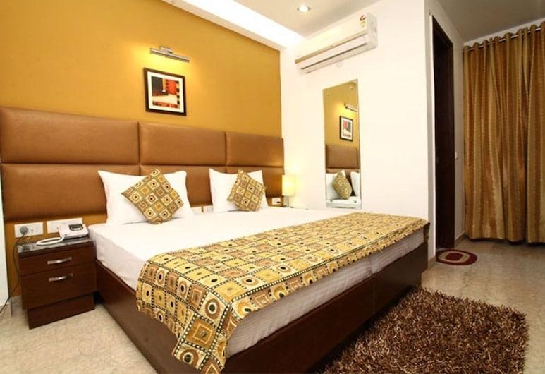 S&B East Inn, New Delhi