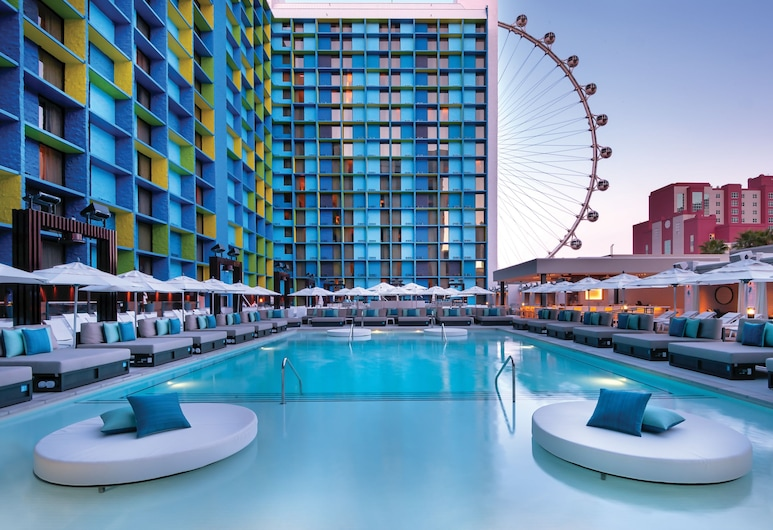 The LINQ Hotel + Experience, Las Vegas, Outdoor Pool