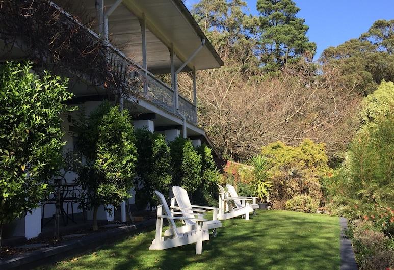 Brentwood B&B Apartments, Healesville, Jardín