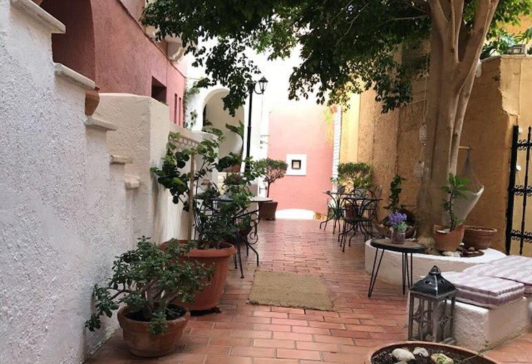 Porto Maltese Boutique Estate, Agios Nikolaos, Terasa / vidinis kiemas