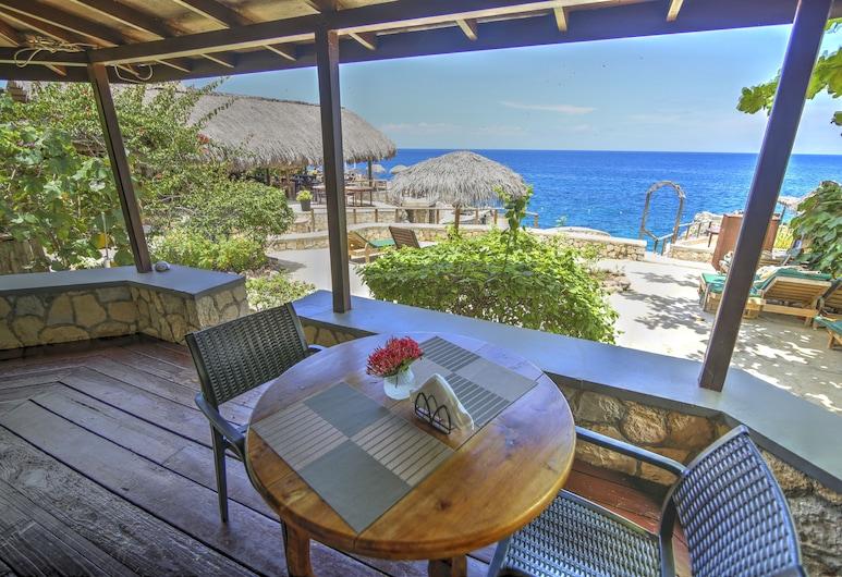 Catcha Falling Star, Negril, Cottage, 1 Bedroom, Terrace, Oceanfront (Libra), Terrace/Patio