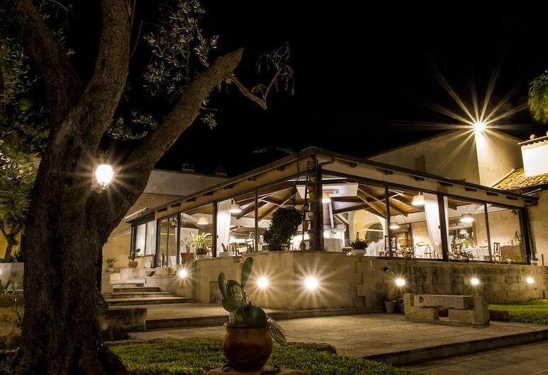 Masseria dei Monaci, Otranto, Hotel Front – Evening/Night
