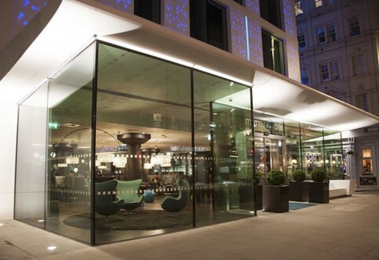 Motel One London-Tower Hill, London, Hotel Front
