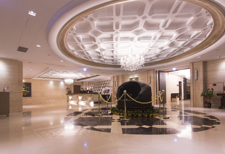 Grand City Hotel, Taichung, Lobby