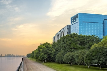 Foto The Azure Qiantang, a Luxury Collection Hotel, Hangzhou di Hangzhou