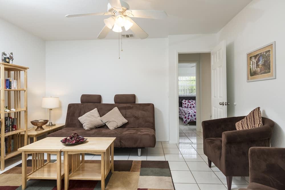 Casa, 3 habitaciones, piscina privada (Vacation Home) - Sala de estar