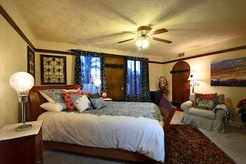 Picture of Vineyard Hacienda in Spring Valley