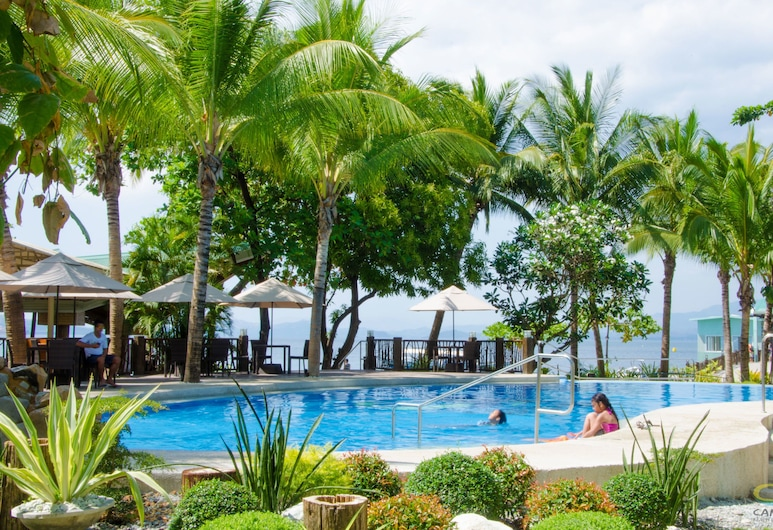 Camayan Beach Resort, Morong