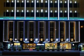 ภาพ โรงแรมคายน์เนส - สถานีหลักเกาสง ใน เกาสง