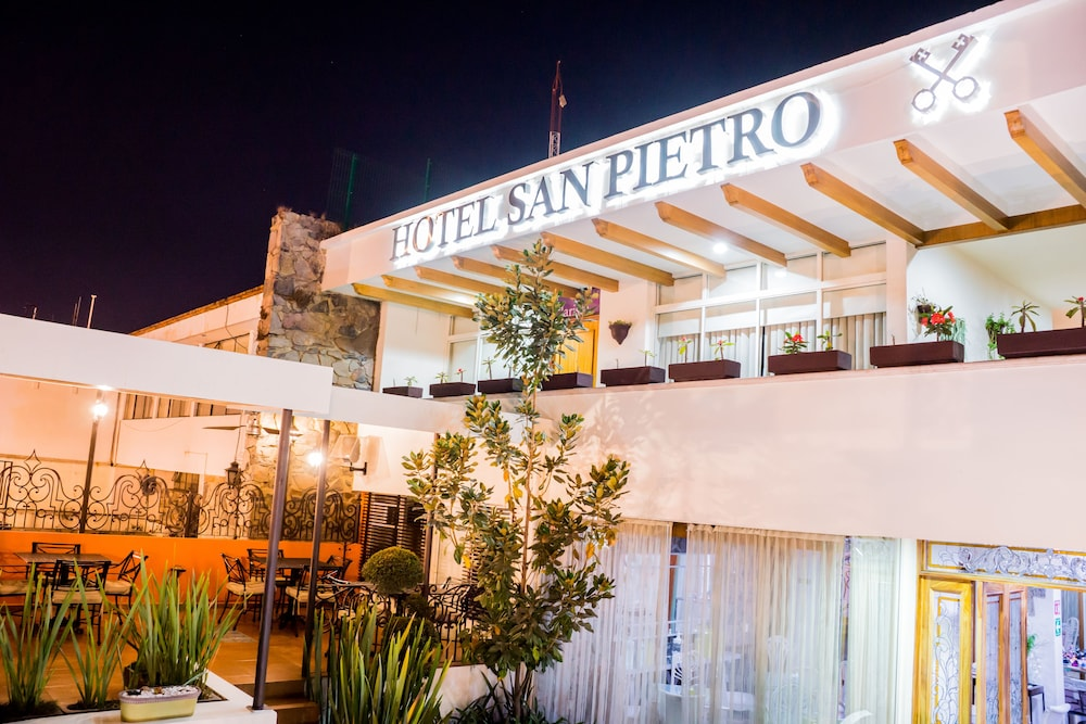 San pietro hotel boutique tlaquepaque m xico hoteles for Hotel boutique mexico
