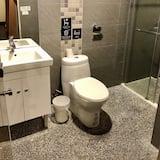 Deluxe Room, Mixed Dorm - Bilik mandi