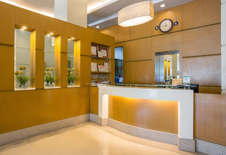 โรงแรมโอโย 388 วีฟ, มะนิลา