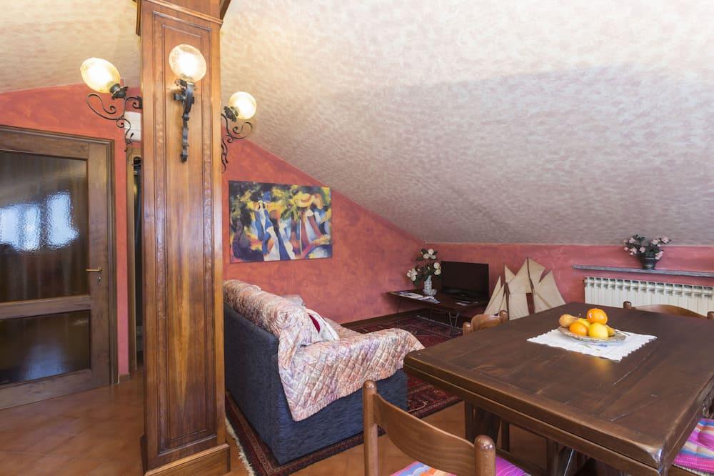 Room, Lake View - Ruang Tamu