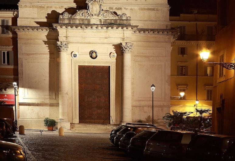 科羅納里考特亞德旅館, 羅馬, 酒店景觀