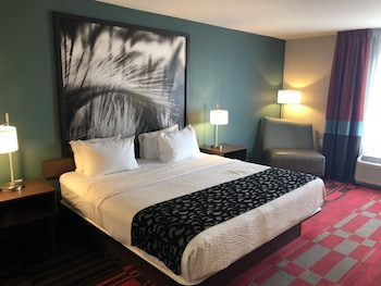 Picture of Roosevelt Place Hotel in Bismarck