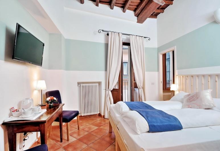 Palazzo Olivia Rooms & Apartments, Rom, Dobbeltværelse med dobbeltseng eller 2 enkeltsenge, Værelse