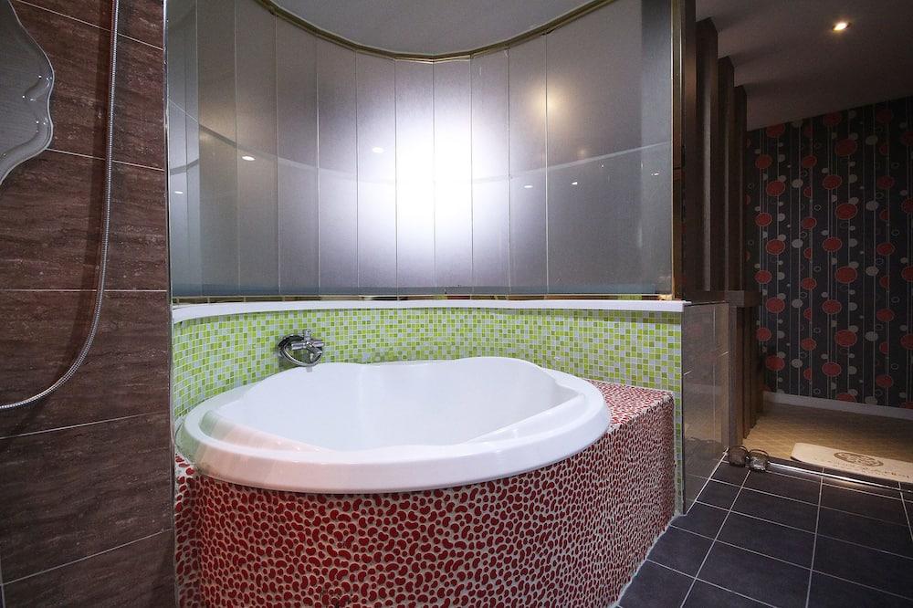 VIP Room (Extra person fee: KRW 10,000) - Ванная комната