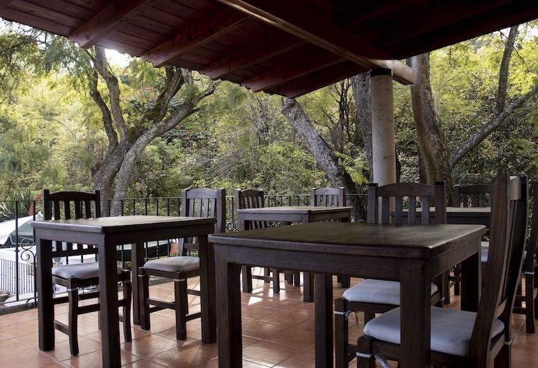 L'Orangerie, Cuernavaca, Restaurante al aire libre