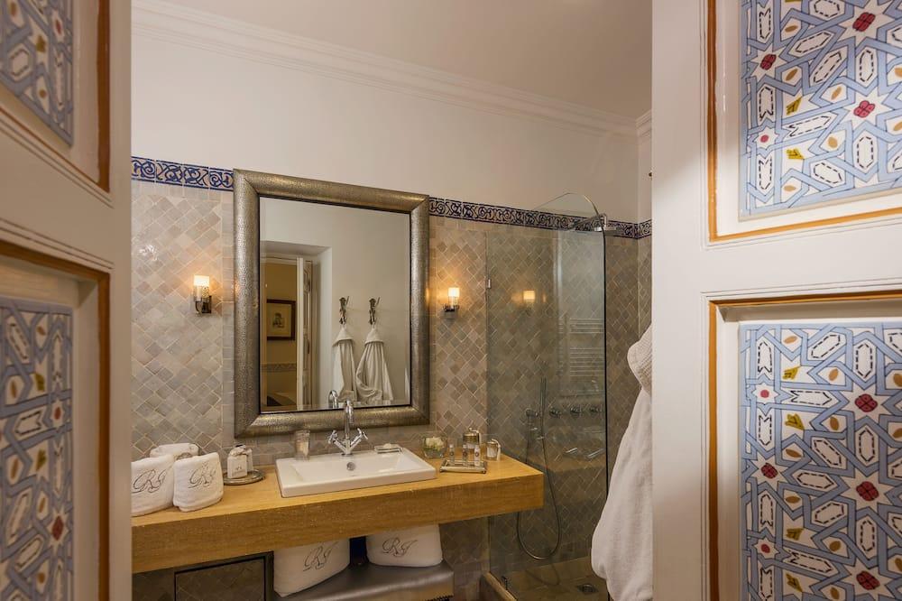 Двомісний номер категорії «Superior» (Basma) - Ванна кімната